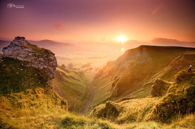 Sunrise at Winnats Pass, Peak District, England, UK