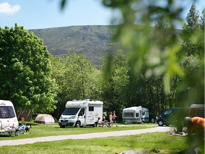 Crowden Camping & Caravanning Club Site