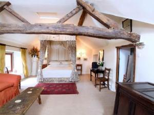 biggin-hall-visit-peak-district-weekend-away-uk-breaks