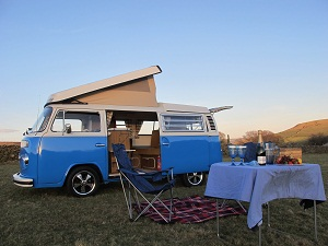 vw-peak-district-campers-campervan-country-weekend-getaway-derbyshirehathersage-jane-eyre-charlotte-bronte