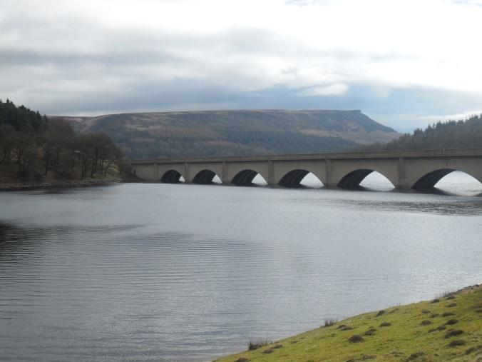 Paul Naldrett Dog Walking Blog a57 bridge over ladybower