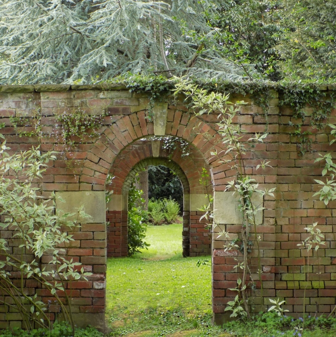 Renishaw Arch