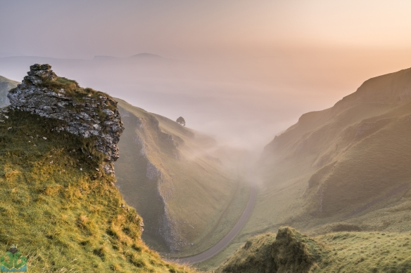 Winnats Pass Pinnacle - Peak District Photography